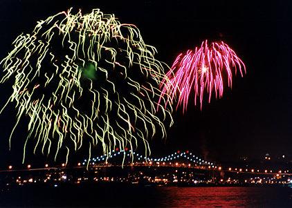 Fireworks Tappan Zee